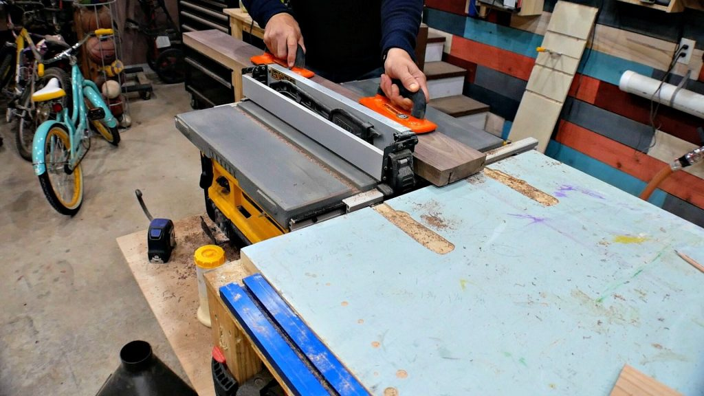 cut dados with table saw