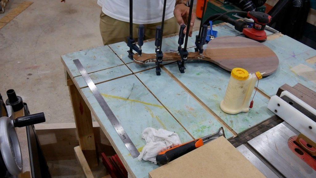 DIY Pizza Peel - 20 - handle clamp