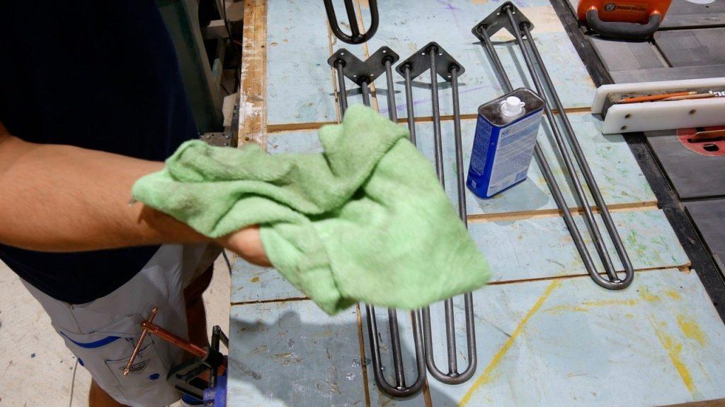 clean hairpin legs