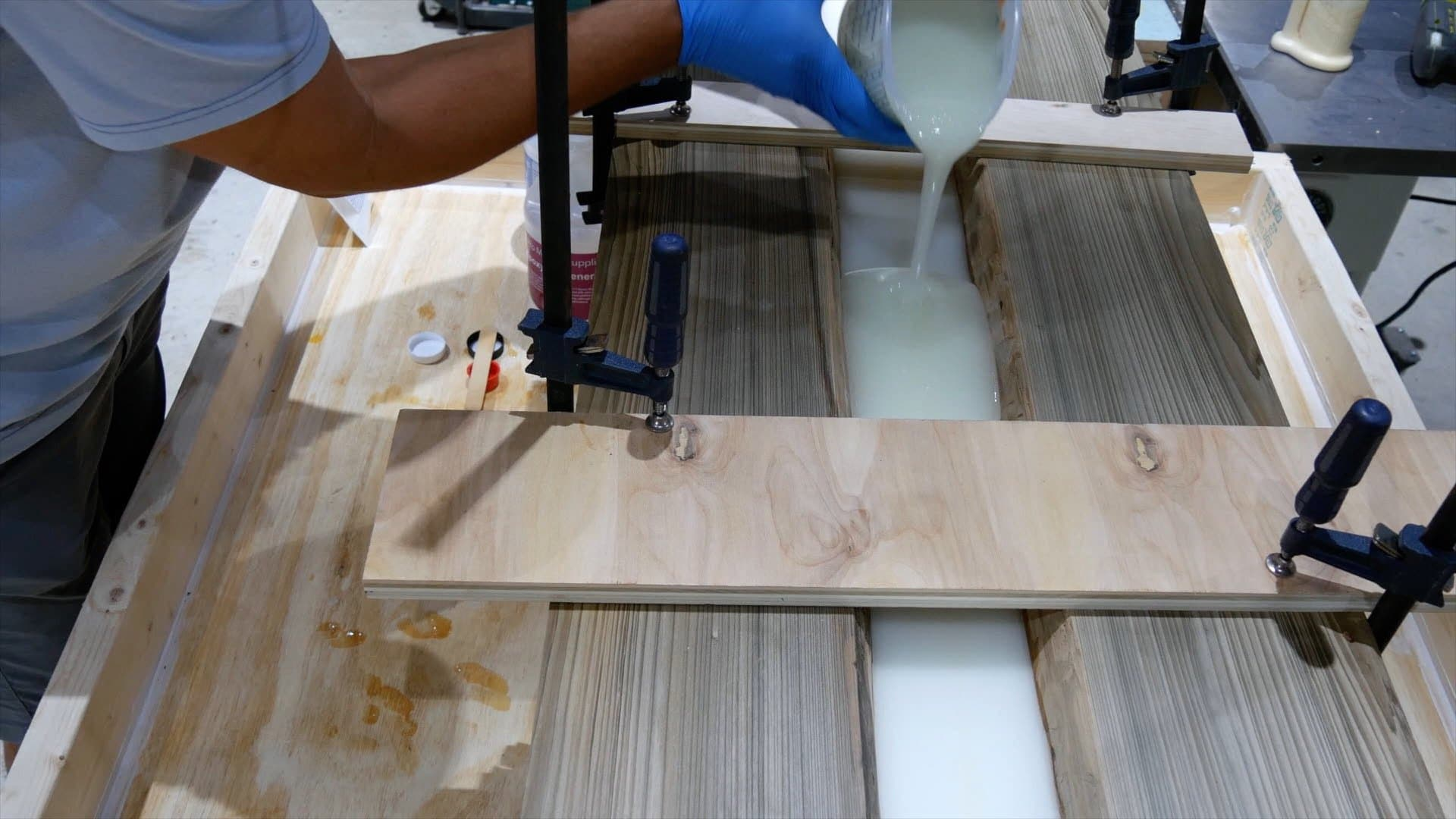 epoxy-resin-river-table-glowpowder_20171016_30