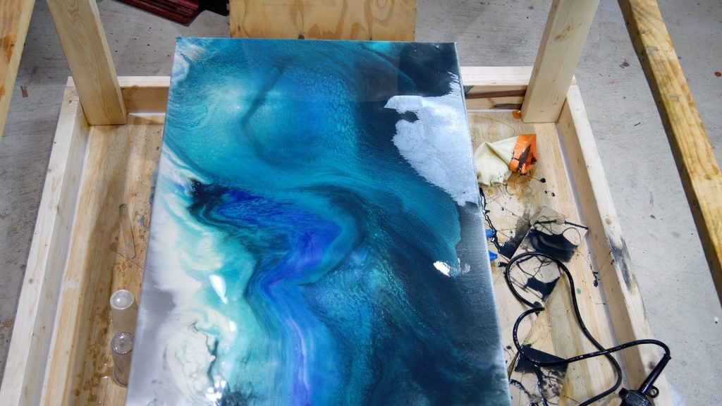 how to make art resin on a canvas