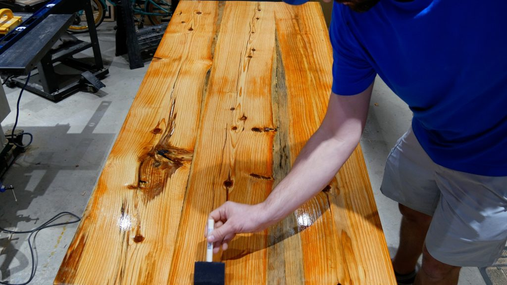 how to make a rustic table with epoxy resin - general finishes satin