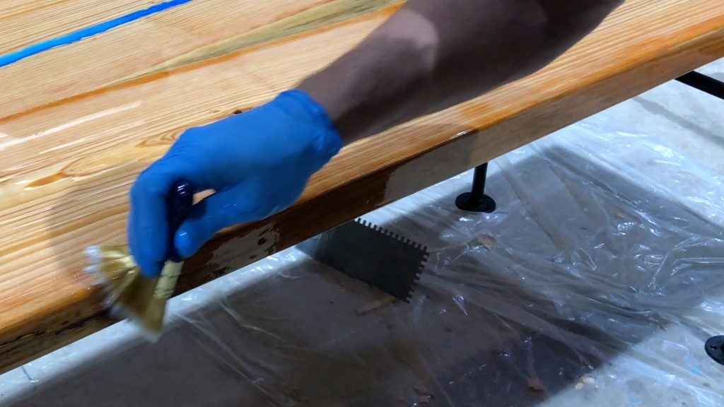 how to make a rustic table with epoxy resin - stonecoat epoxy cover brush sides