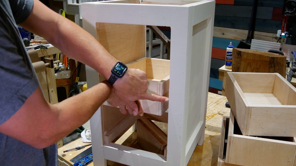 DIY Base Cabinet with Drawers_drawer slide width