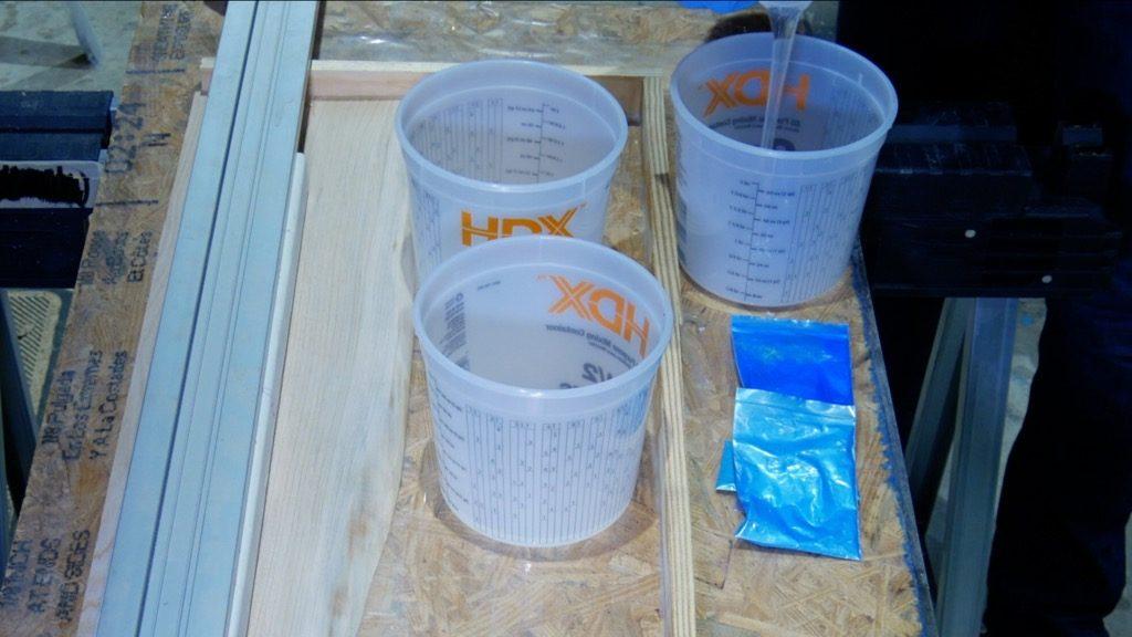 mix epoxy resin