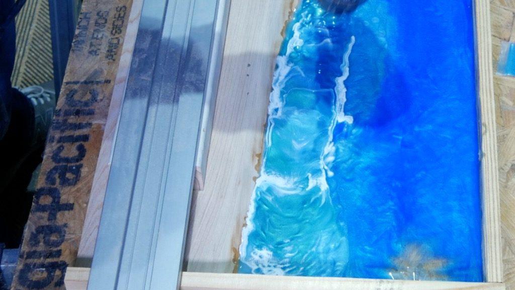 heat gun to blend resin ocean waves