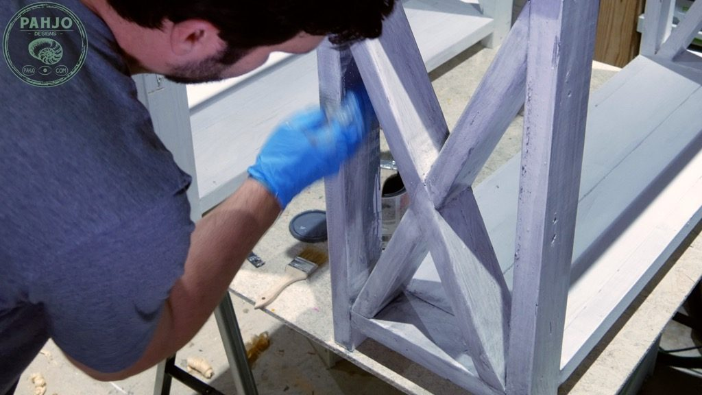 remove stain from distress furniture with rag