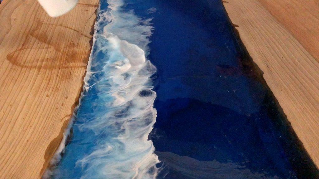 resin ocean wave art using alcohol ink and heat gun