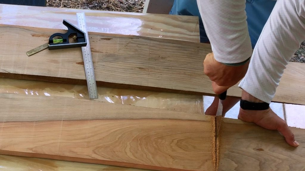 trim wood with japanese hand saw