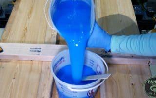 mixing glow powder for epoxy river desk