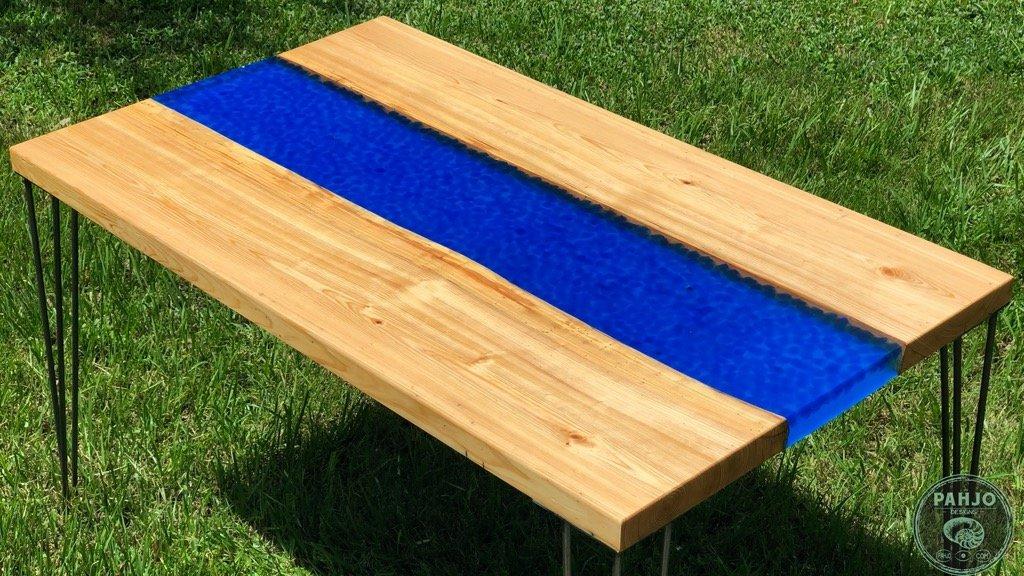 Transparent Epoxy River Desk with Rocks - Full DIY Tutorial