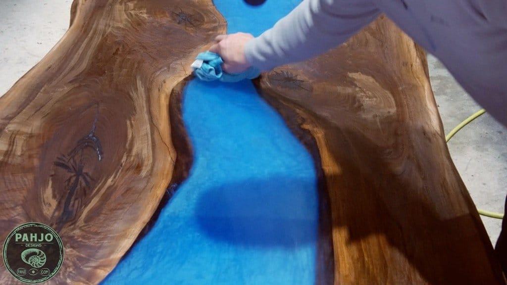 apply rubio monocoat to epoxy table top