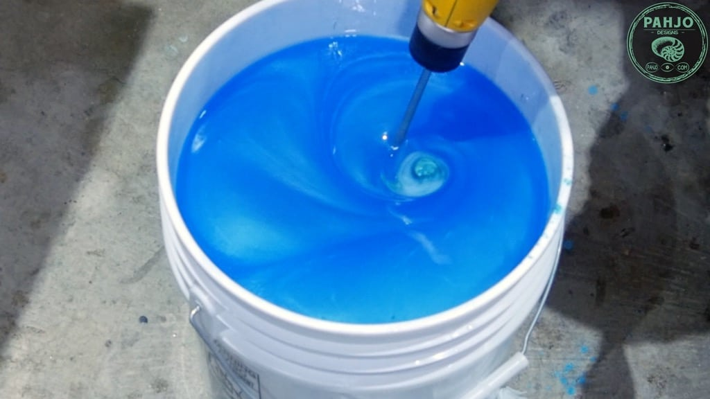 mix pigment powder with epoxy