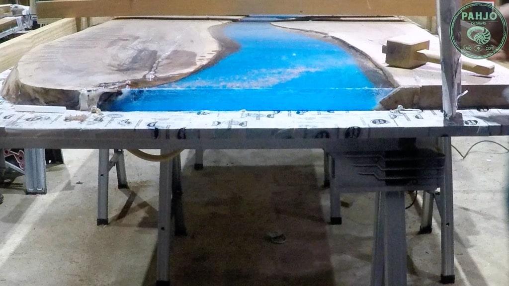 remove epoxy mold tuck tape