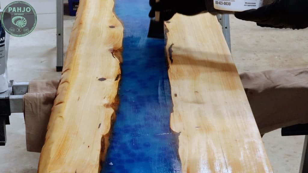 How to Finish Outdoor Epoxy Wood Table